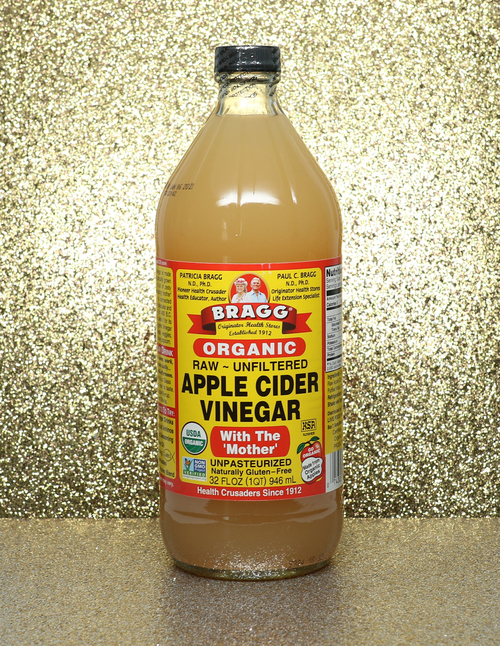 jules-loves-apple-cider-vinegar